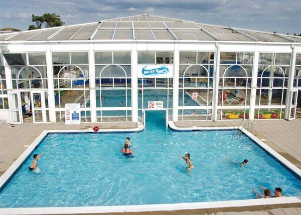 Family Fun Plus California Cliffs, Norfolk