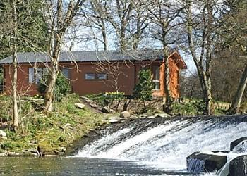 Relax and Explore Dollar Riverside Lodges, Clackmannanshire