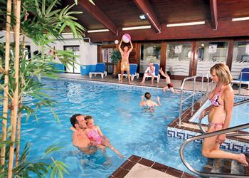 Woodland Honeymoon Lodge