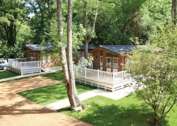 Bouja Merley Woodland Lodges, Poole
