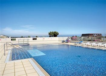 Relax and Explore Newperran Holiday Park, Cornwall