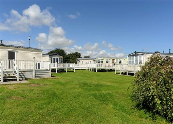 Relax and Explore North Shore Holiday Park, Lincolnshire