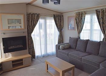Relax and Explore Orchard Farm Caravan Park, Lincolnshire