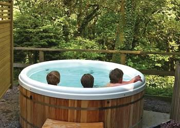 Relax and Explore Rockpool Lodges, Devon