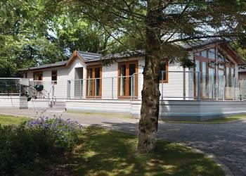 Relax and Explore Sanctuary Lodges, Gwynedd