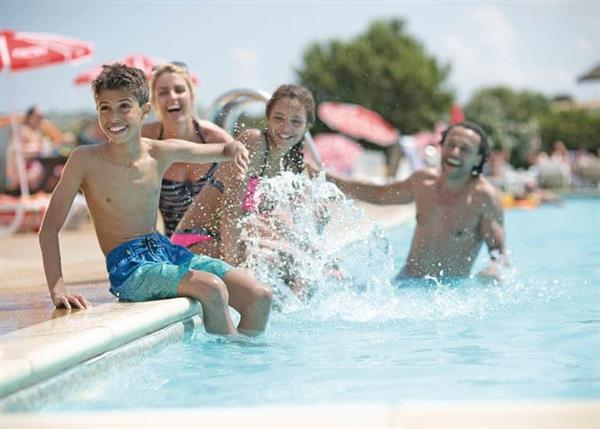 Family Fun Plus Searles Leisure Resort, Norfolk