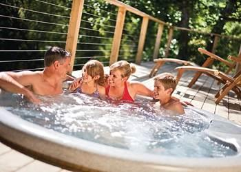 Relax and Explore Stonerush Lakes Lodges, Cornwall