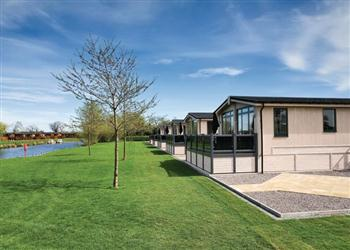 Relax and Explore Stratford Riverside Lodges, Warwickshire