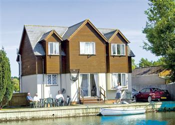 Relax and Explore Summer Leisure, Norfolk