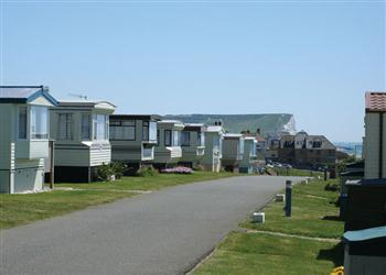 Relax and Explore Sunnyside Caravan Park, East Sussex