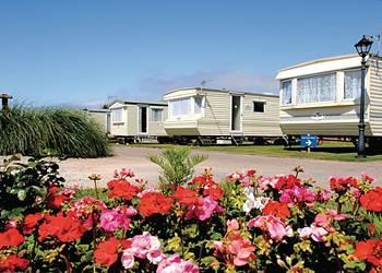Relax and Explore Surf Bay Holiday Park, Devon