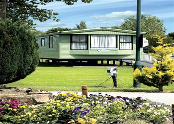 Relax and Explore Tollerton Holiday Park, North Yorkshire