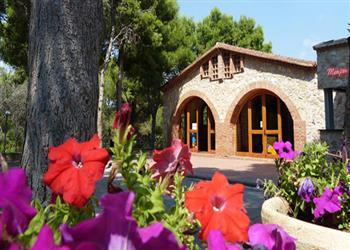 Vilanova Park Campsite - Vilanova I la Geltru, Costa Dorada, Spain