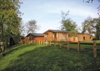 Relax and Explore Wicksteed Park Lodges, Northamptonshire