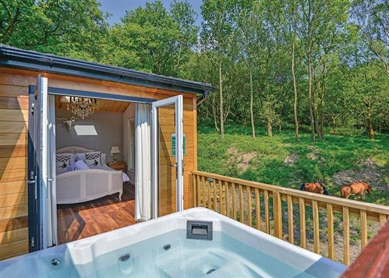 Amour Deluxe at Charlesworth Lodges, Glossop