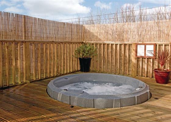 Bay Tree Lodge 2 at Herons Brook Retreat Lodges, Narberth