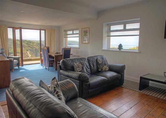 Beachview Apartment A at Gwalia Falls, Cardigan
