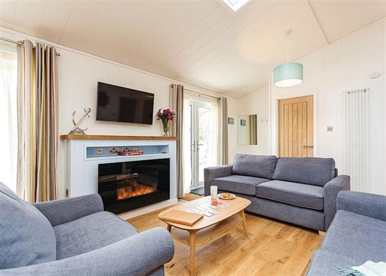 Bembridge Premier at Woodside Bay Coastal Retreat, Ryde