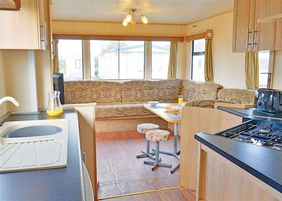 Bideford Bronze 2 Caravan Sleeps 4 at Bideford Bay, Woolfardisworthy