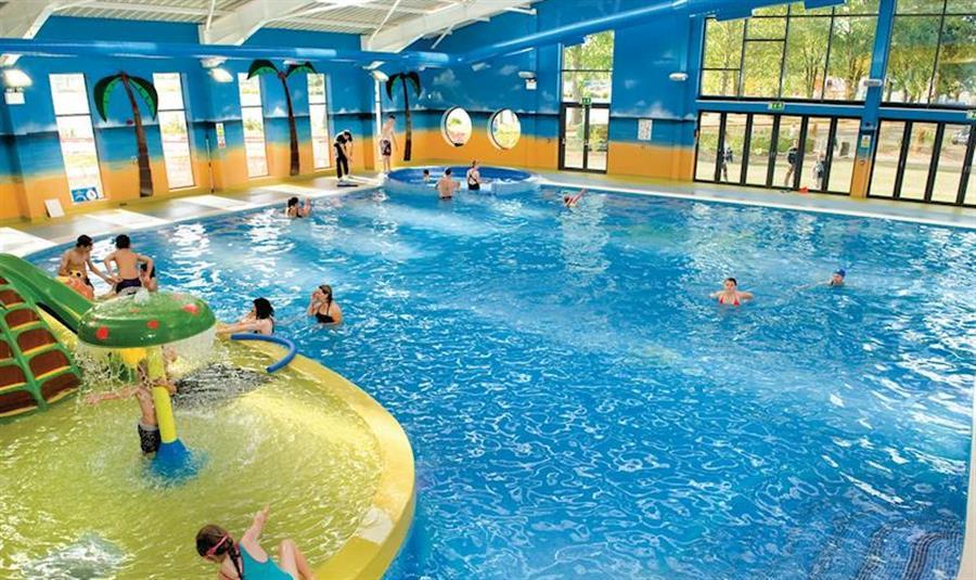 Billing Aquadrome Northampton Great Billing Self Catering Holidays And Short Break Family