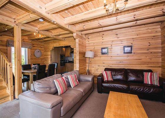 Birch Lodge at Woodland Lakes Lodges, Thirsk