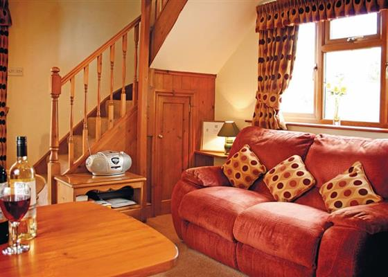 Buttercup Cottage at Woodthorpe Leisure Park, Alford