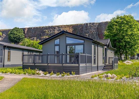 Castleton Premier Lodge at Rivendale Lodge Retreat, Ashbourne