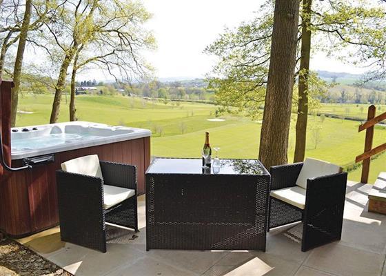 Cedars VIP at Penllwyn Lodges, Montgomery
