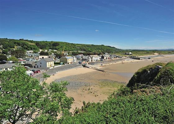Contemporary 3 Bed at Pendine Sands, Carmarthen