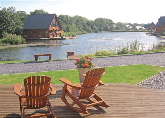 Country Lodge at Anglesey Lakeside Lodges, Menai Bridge