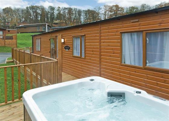 Country Six Plus Platinum at Finlake Lodges, Newton Abbot