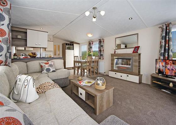 Deluxe Caravan at Longnor Wood Holiday Park, Buxton
