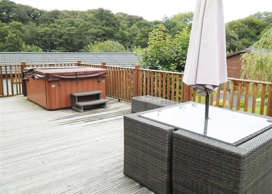 Deluxe Hot Tub Four at Hilton Woods, Holsworthy