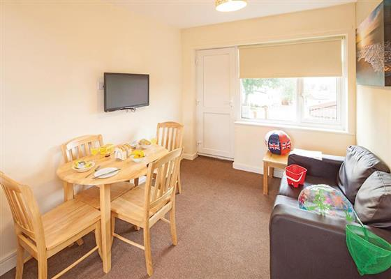 DGS Apartment 2 (sleeps 4) at Dawlish Golden Sands, Dawlish