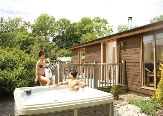 Ewe Lodge at Meadow's End Lodges, Grange-over-Sands