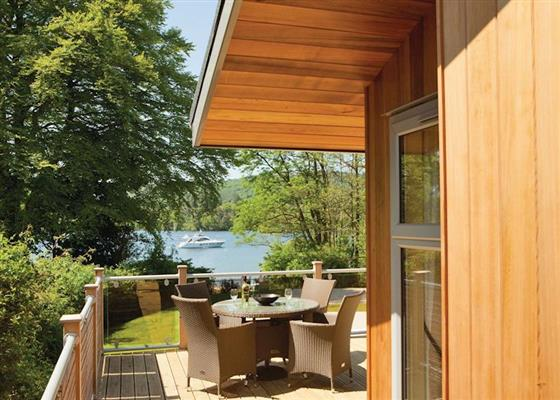 Fallbarrow Silver 2 Lodge sleeps 6 pet at Fallbarrow Park, Windermere