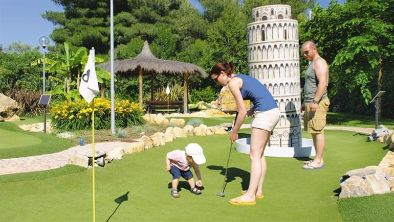 Family fun at Le Capanne Campsite, Bibbona in Italy