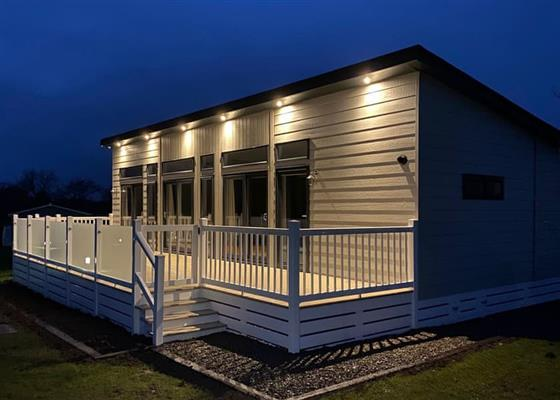Fuchsia Lodge at Florence Springs Lakeside Lodges, Tenby