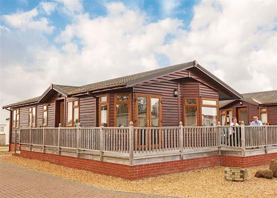 Gold 8 Lodge at Searles Leisure Resort, Hunstanton