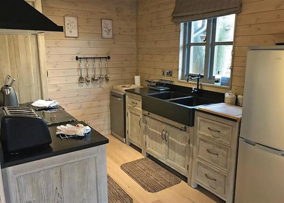 Henrietta's Hideaway at Henlle Hall Woodland Lodges, Oswestry