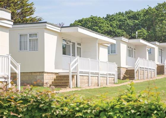 Jolly Nice Chalet 4 at Whitecliff Bay Holiday Park, Bembridge