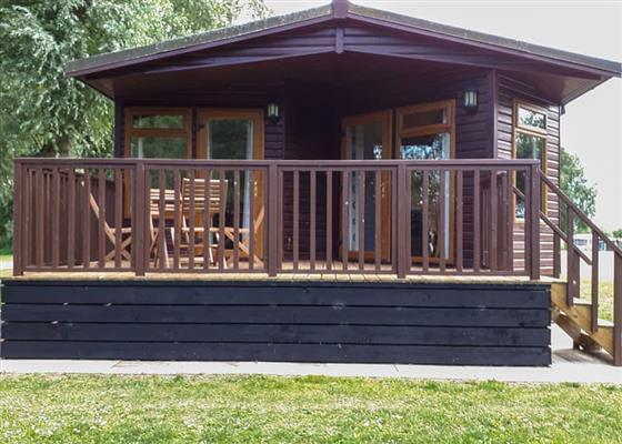 Kingfisher Lodge at Barlings Country Park, Lincoln