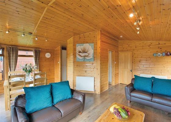 Kingfisher Lodge Plus