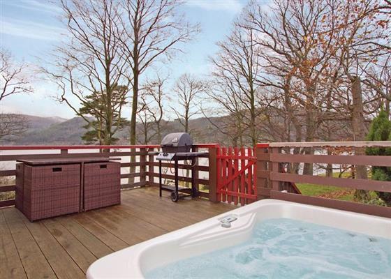 Lakeland Lodge 4 Plus