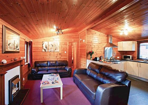 Landguard Bronze 3 Lodge sleeps 6 pet at Landguard Holiday Park, Shanklin