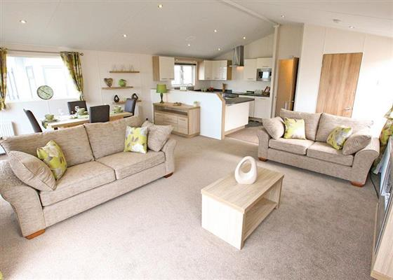 Landguard Platinum 3 Lodge sleeps 5 at Landguard Holiday Park, Shanklin