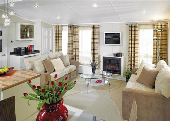 Launch Lodge at Thorness Bay, Cowes