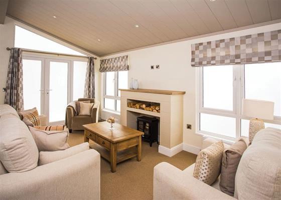 Luxury Lodge (Newest at Finlake Holiday Resort, Newton Abbot