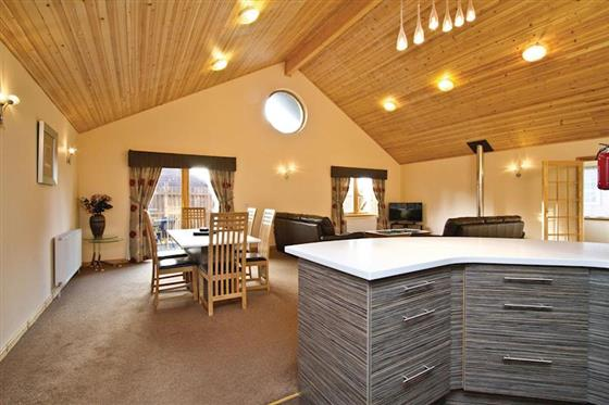 Osprey Executive Lodge at Piperdam Lodges, Dundee