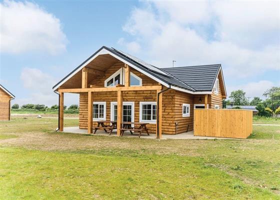 Oystercatcher Lodge (6) at Hornsea Lakeside Lodges, Hornsea